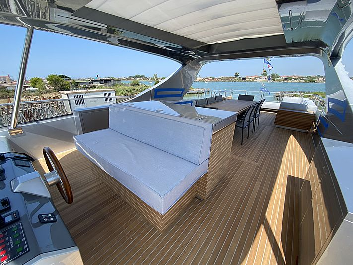 Passion VI yacht deck