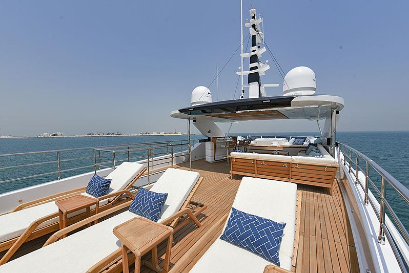 Majesty 120/01 yacht sun deck