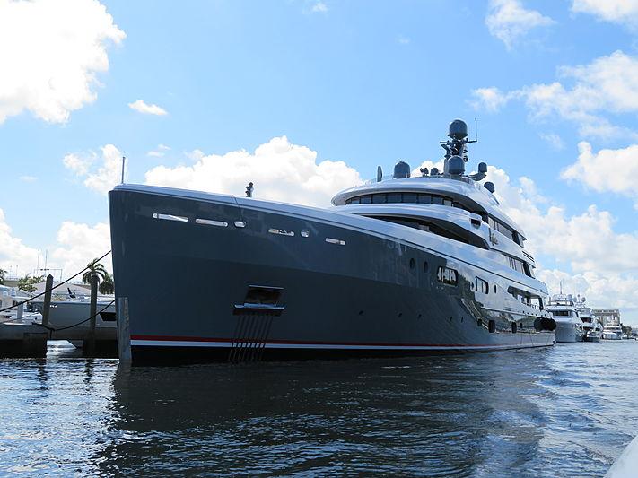 Aviva yacht at Fort Lauderdale