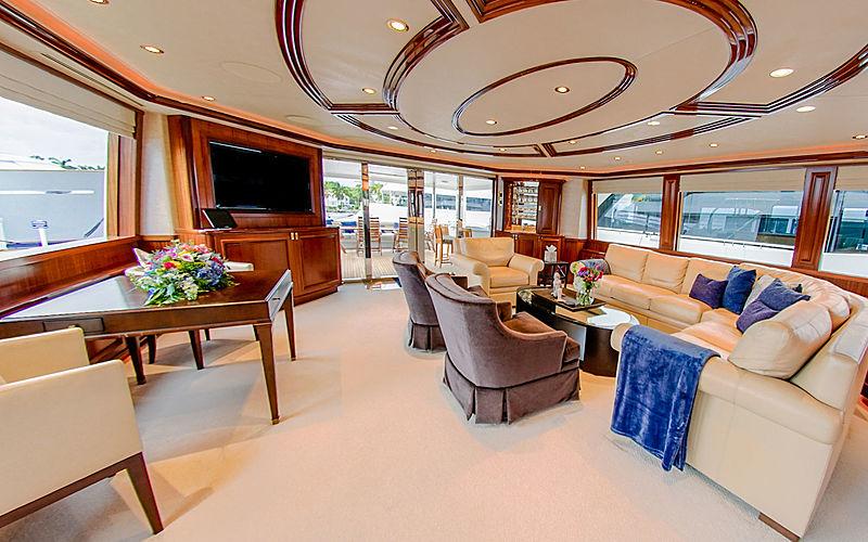 Lady JJ yacht saloon