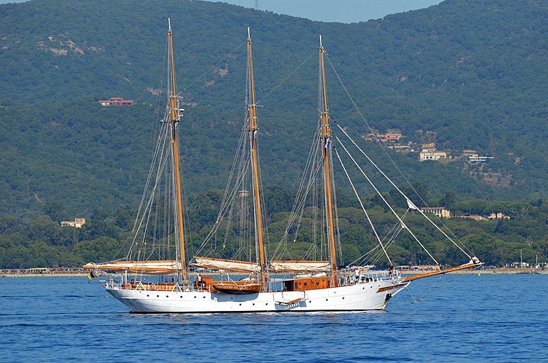 Trinakria yacht in St Tropez