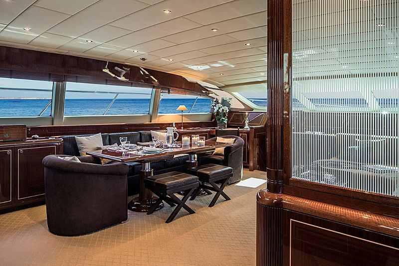 Hells Bells yacht dining