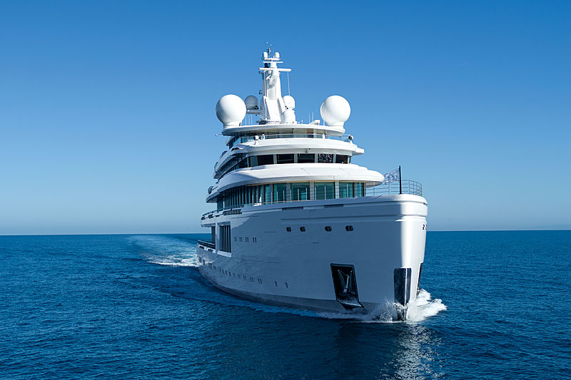 Luminosity yacht exterior