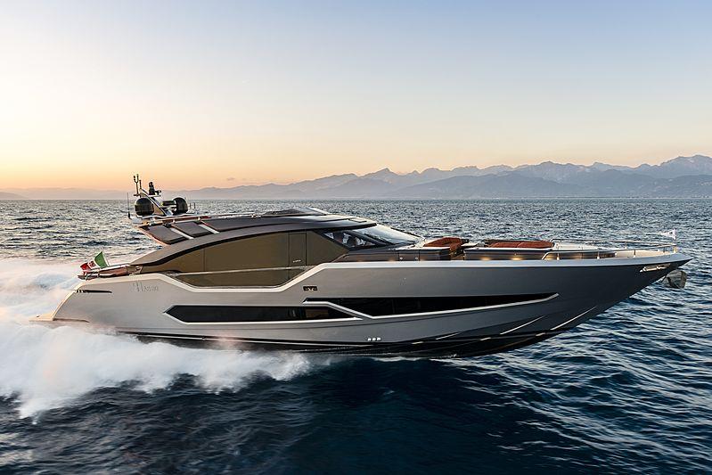 G-Five yacht cruising