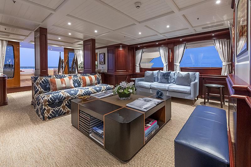 Awatea yacht saloon