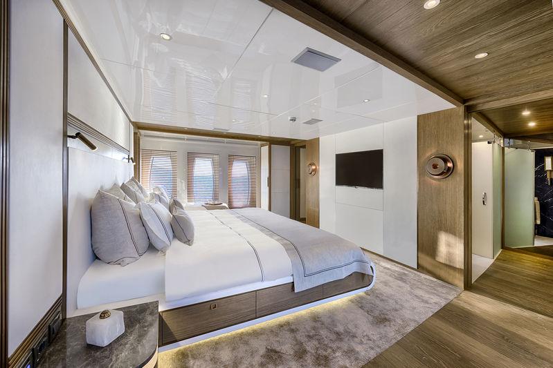 CMB Yachts 47M Liquid Sky Master Suite