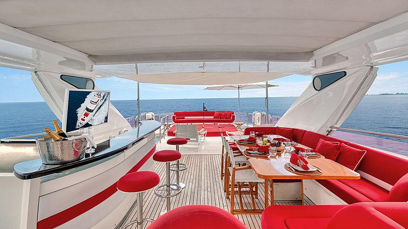 Love N Live yacht sundeck