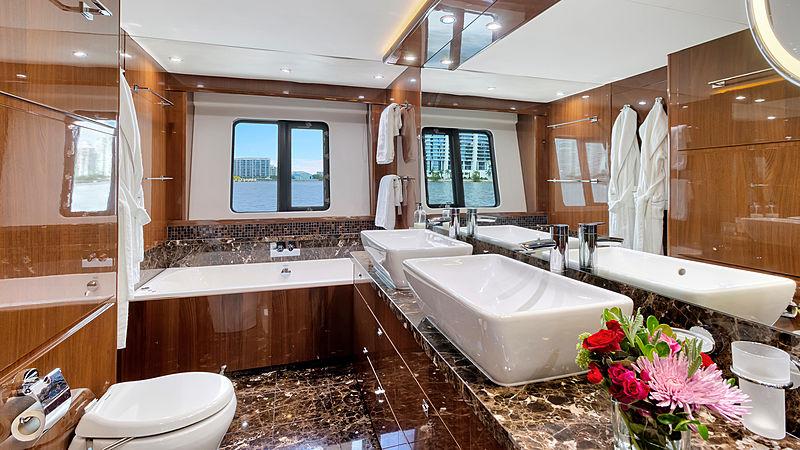 Love N Live yacht bathroom
