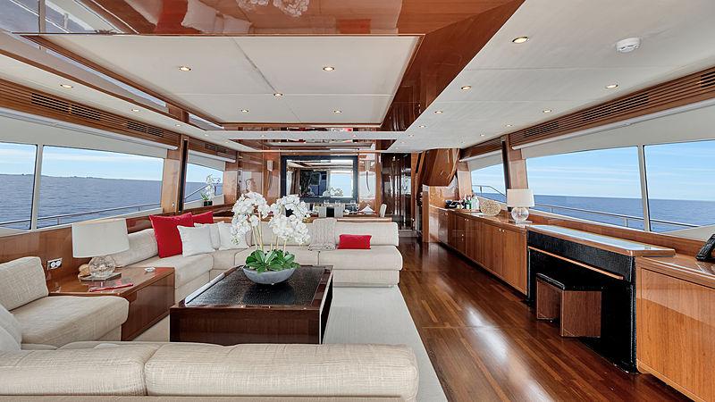 Love N Live yacht saloon