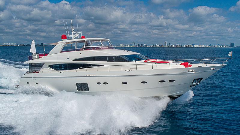 Love N Live yacht cruising