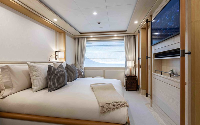 Ragnar yacht stateroom