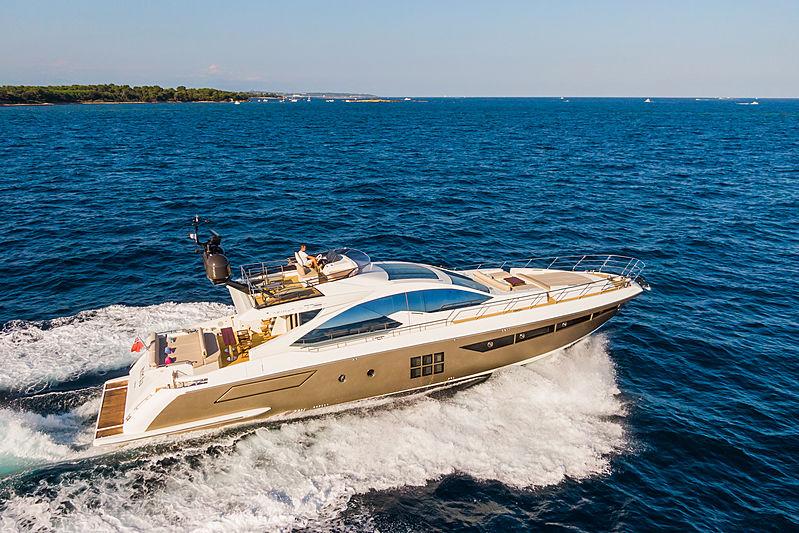 Yachti Ana yacht exterior