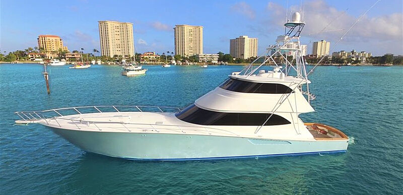 TEQUE yacht Viking Yachts