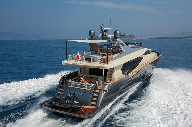 Ursula V yacht cruising
