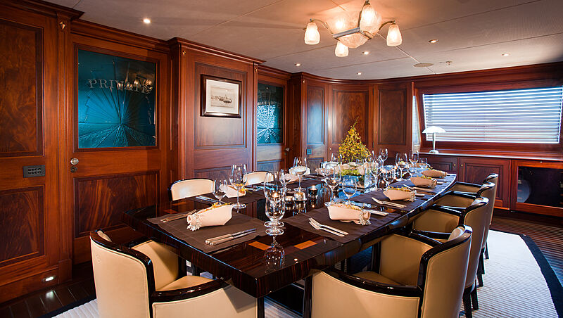 Tiara yacht dining