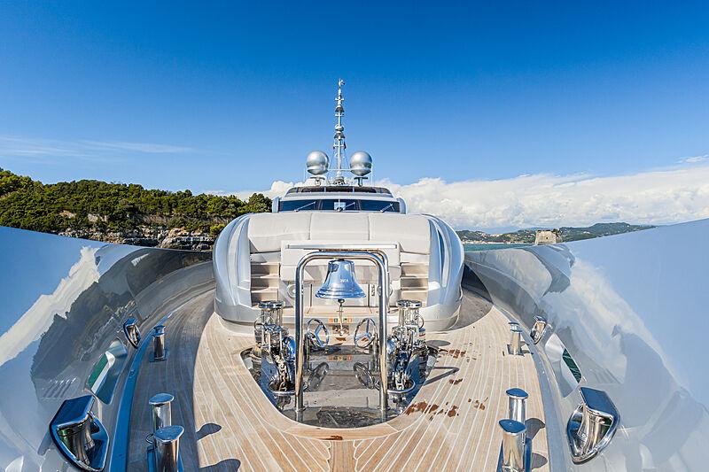 Siver Wind yacht deck