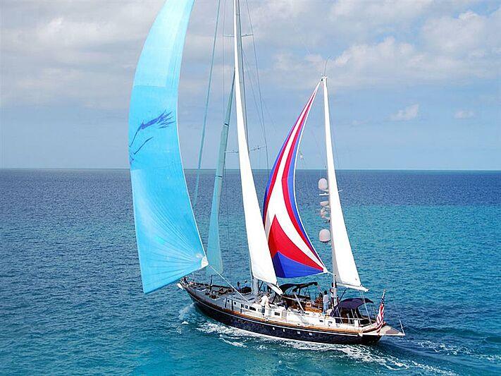 Hermie Louise yacht cruising