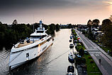 Totally Nuts Yacht Motor yacht
