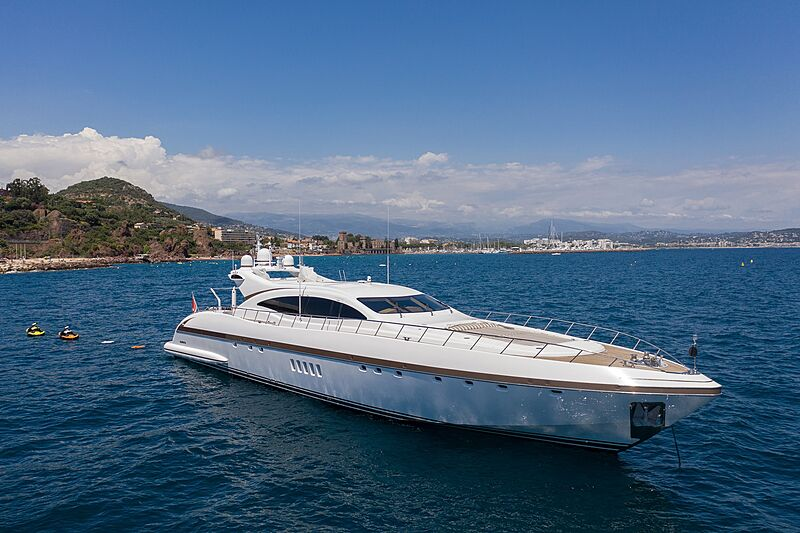 Fatamorgana yacht anchored