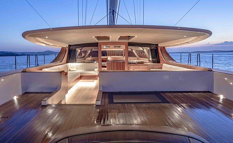 Canova yacht deck
