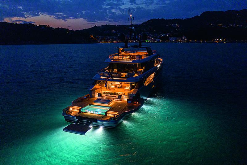 Benetti Oasis 40m yacht Rebeca