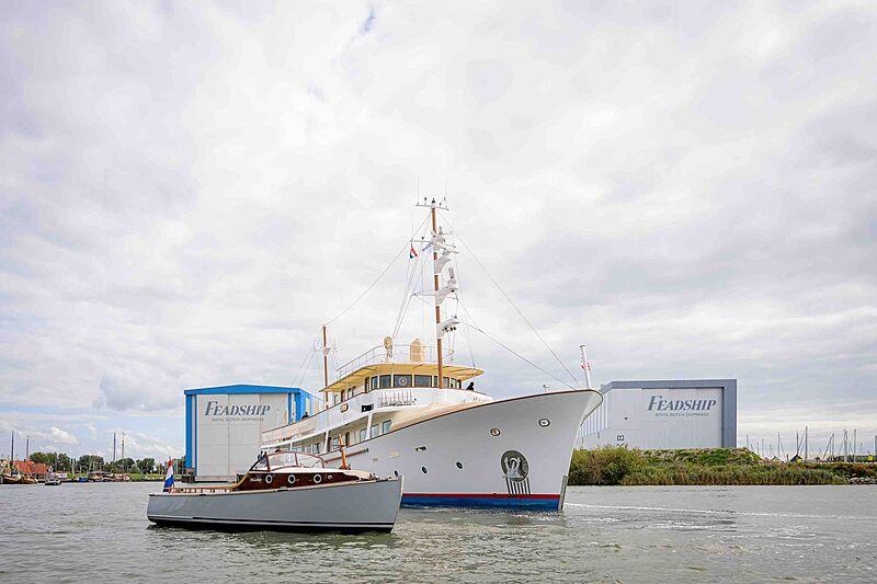 Istros yacht at Feadship De Vries shipyard