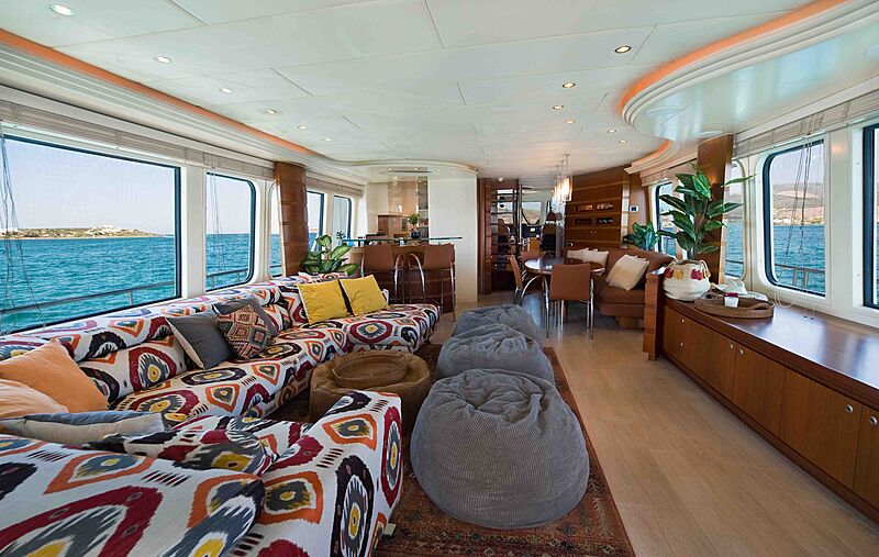 Prana yacht saloon