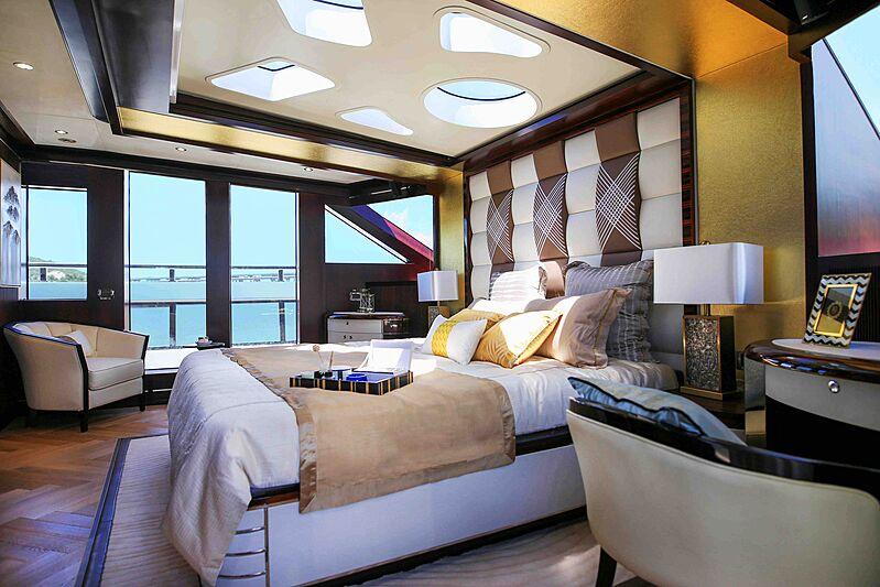 Heysea Asteria 126/1 yacht stateroom