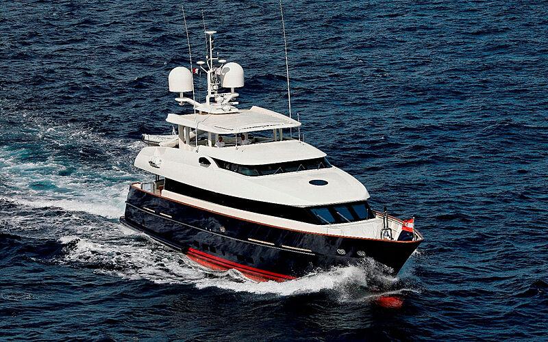 Superba 88 yacht cruising