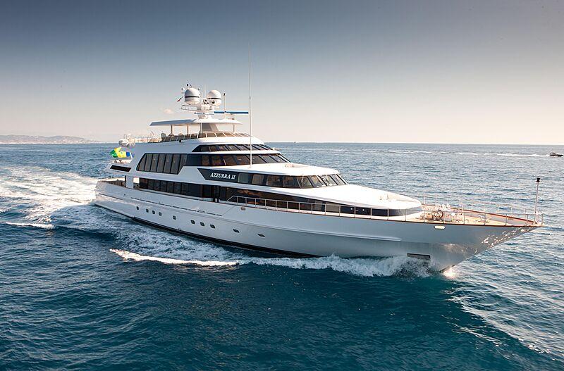 Azzurra II yacht cruising