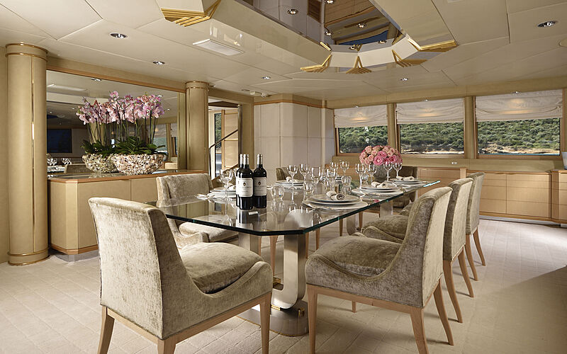 Azzurra II yacht dining