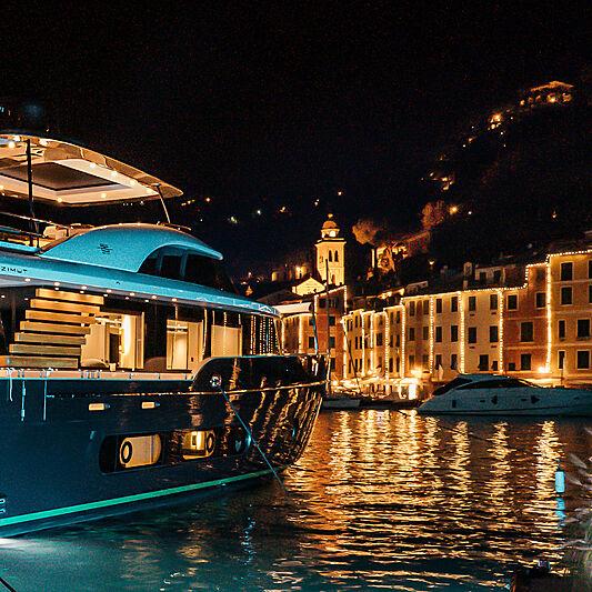 Azimut Magellano 25 Metri debut in Portofino