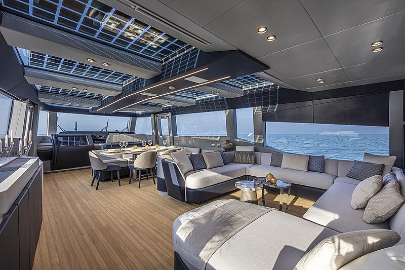 Haze yacht saloon