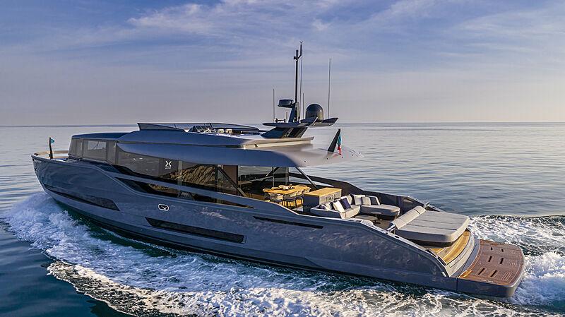 Haze yacht cruising
