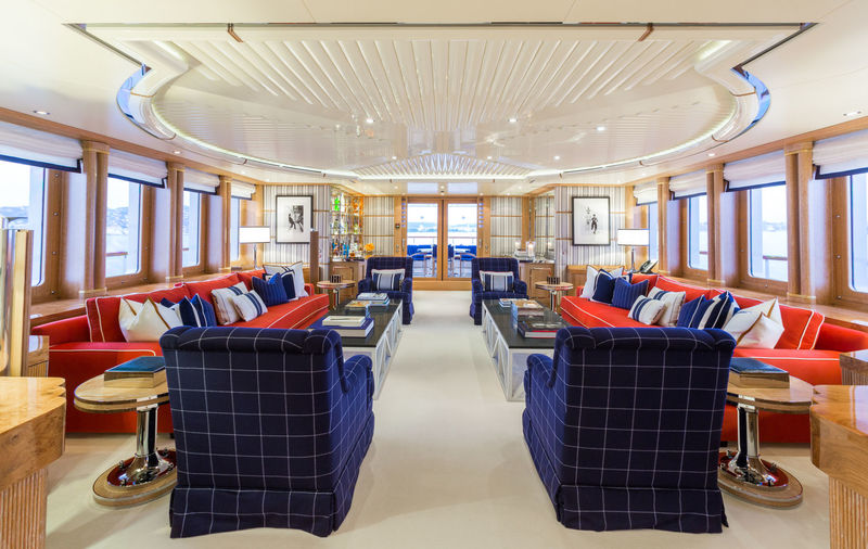 Benetti M/Y Air main saloon