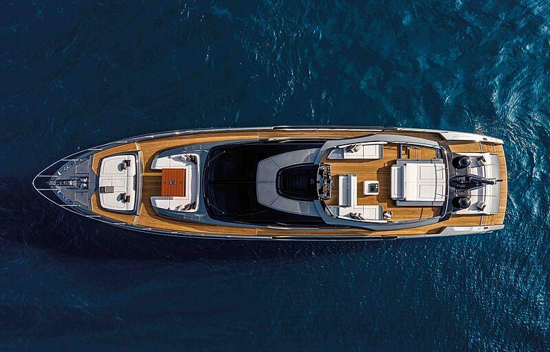 Riva Folgore 88 yacht anchored