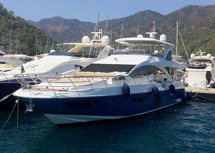 DESPERADO yacht Azimut