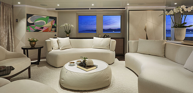 Triton yacht saloon