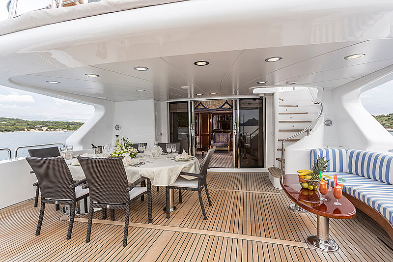 Pida yacht aft deck