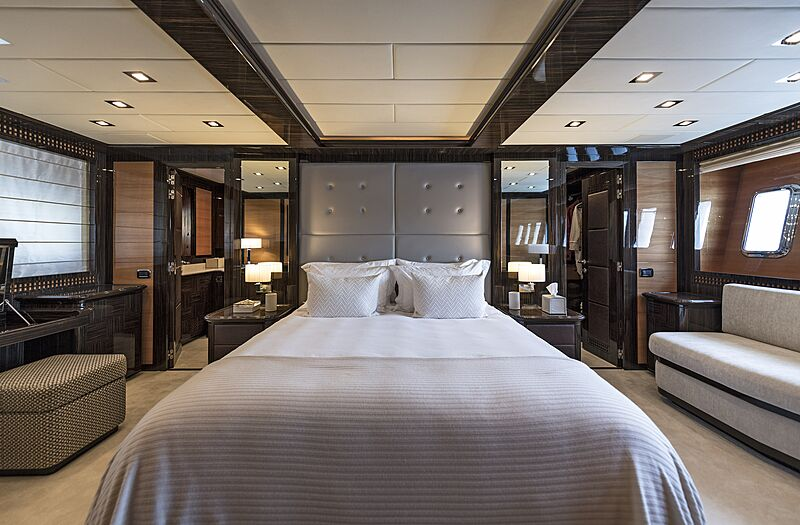 Danush yacht stateroom