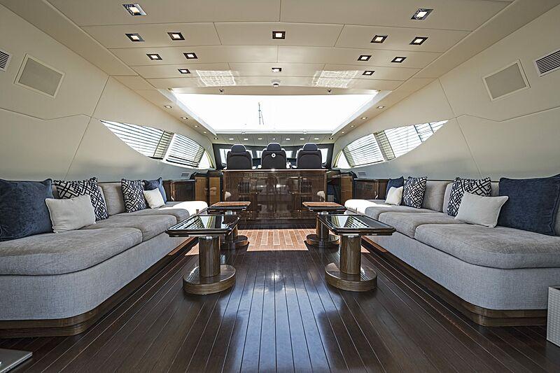Danush yacht saloon