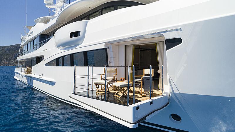Galene yacht beach club