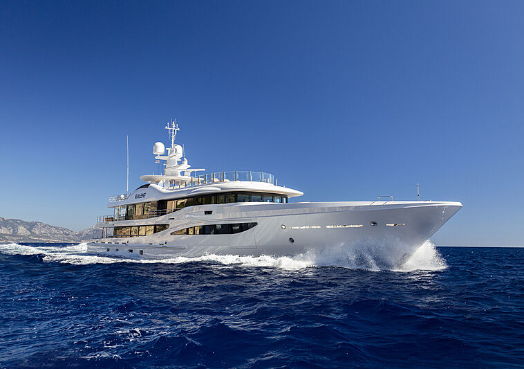 Galene yacht cruising