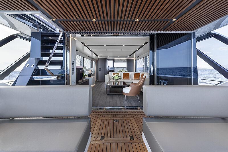 So So Nice yacht deck