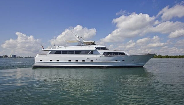 L'ESTEREL yacht Broward