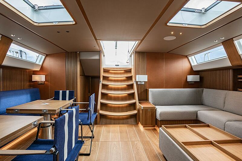 BeCool yacht saloon