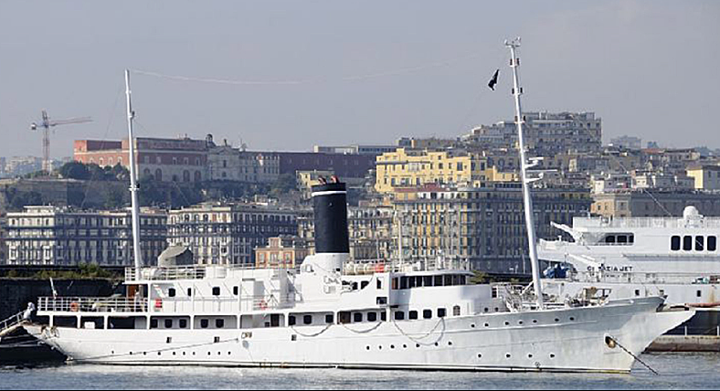 Rossy One yacht at Napoli