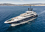 Severin's yacht cruising