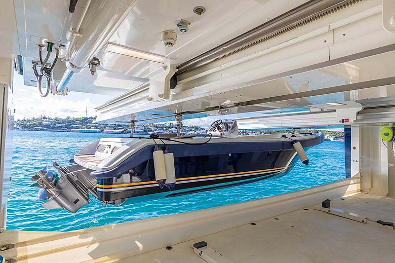 C2 yacht tender garage