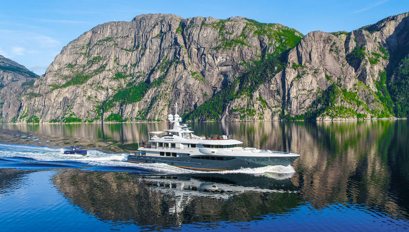 Gene Machine cruising in the fjords